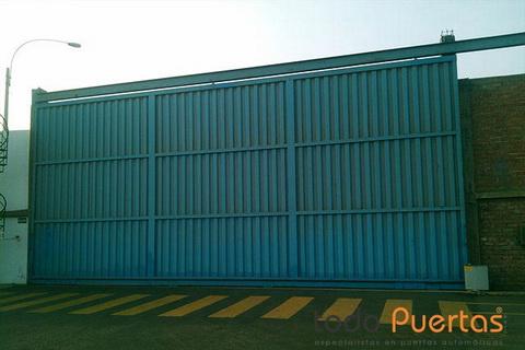 Puertas corredizas correderas autom ticas todo puertas - Puerta corredera industrial ...